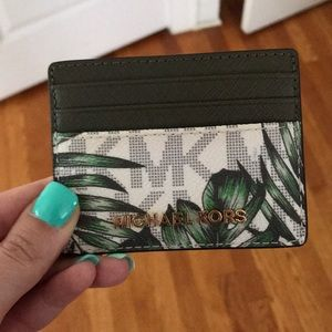 GORGEOUS! Michael Kors tropical 🌴 card case!